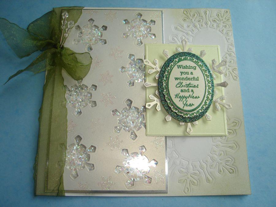 Spellbinder & Cosmic Shimmer Glittered Jewel Snow Shaker Card |
