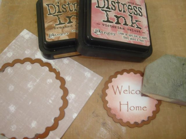 Tatty Button Welcome Home Easel Card